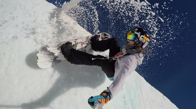 Picture of female professional snowboarder Summer Fenton